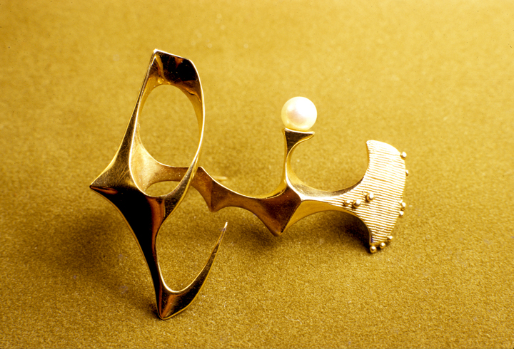 Toza, pin, gold with pearl, 1960s